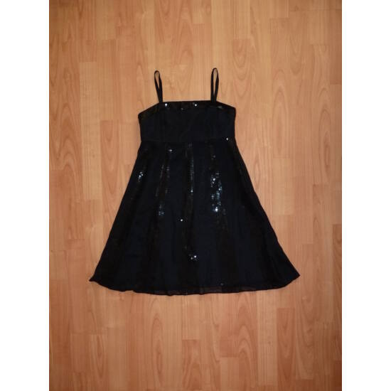 140-es csodaszép fekete alkalmi ruha