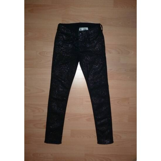 146-os H&M Skinny divatos, különleges farmernadrág
