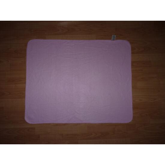 Egyszínű rózsaszín takaró