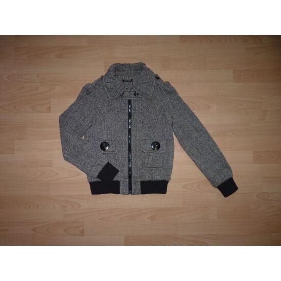 170-es Morgan csillogó szállal átszőtt rövid kabát