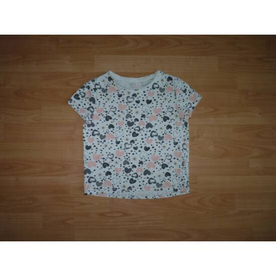 146-os csinos szívecskés póló