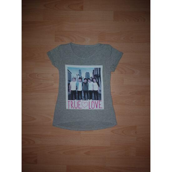 128/134-es True Love kellemes viseletű póló