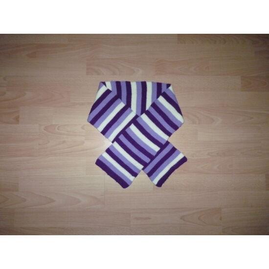 9-12 évesnek lila-fehér színű kötött sál