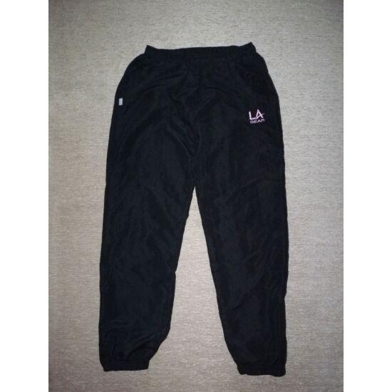 146/152-es LA Gear fekete szabadidő nadrág