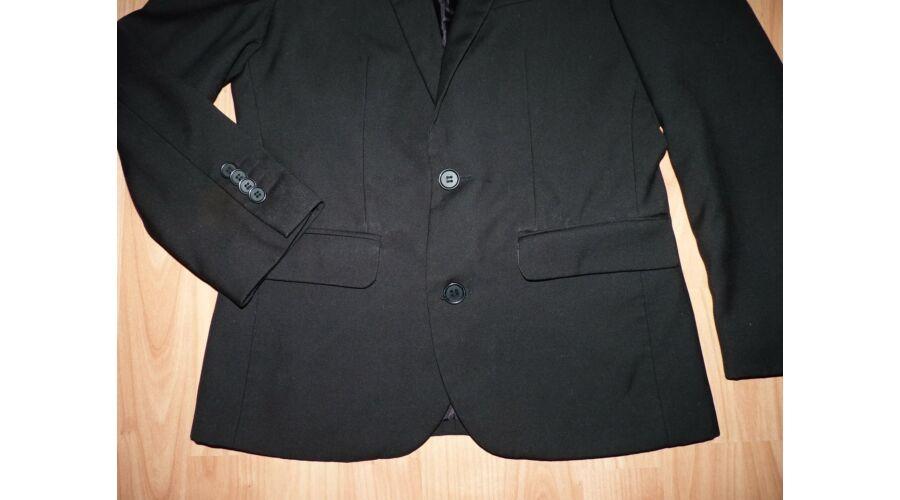 134 140-es fekete alkalmi zakó - 134 - Lurkoshop gyerekruha webshop 24a70361cc