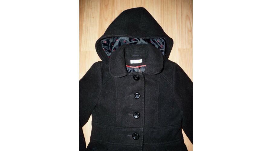 122-es csinos fekete kapucnis lány szövetkabát - Kabátok - Lurkoshop ... 1870e5c2fb