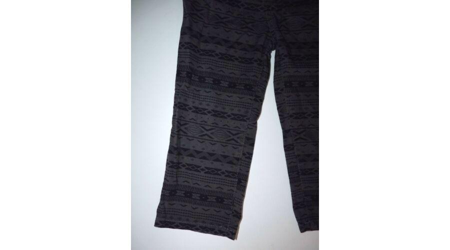 8086 os vagány mintás vékony nadrág