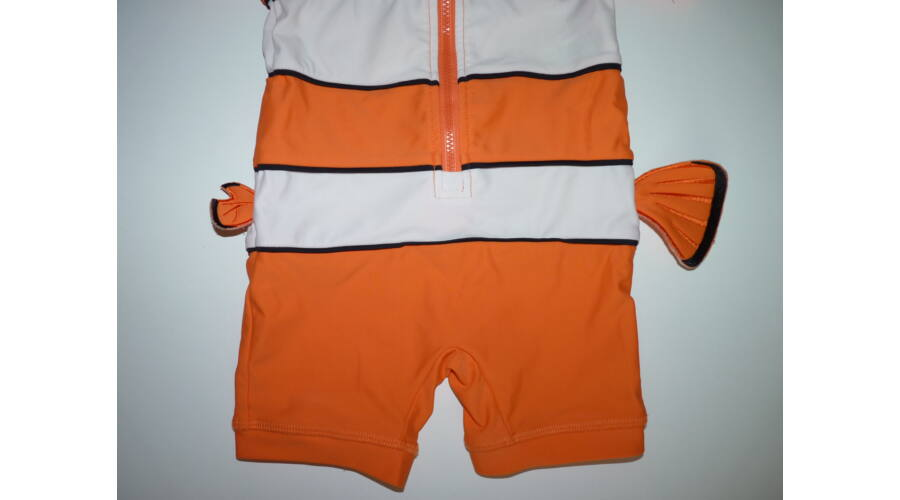 74 80-as Disney Némó UV szűrős napvédő úszóruha - Fürdőruhák ... 3543e853a7